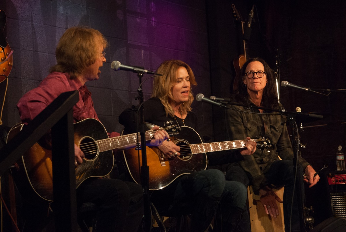Bill Mumy, Vicki Peterson, John Cowsill: Action Skulls Say Hello. And Goodbye?